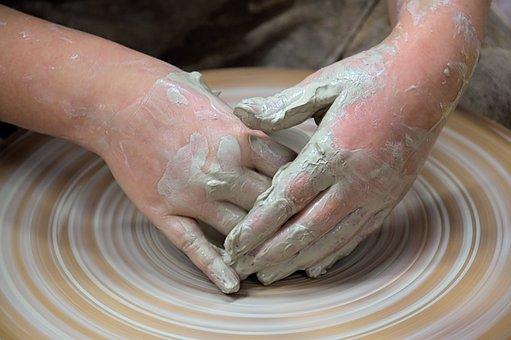 najciekawsze zajęcia ceramiczne w przedszkolu