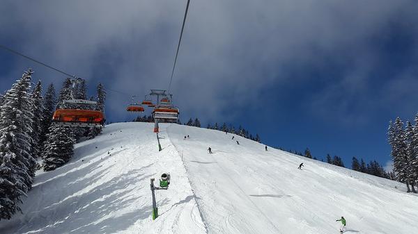 popularna szkółka narciarska w zieleniec