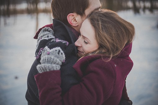 ciepłe płaszcze damskie na zimę