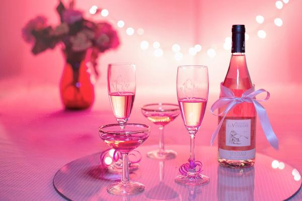 dobre wino na prezent dla dziewczyny
